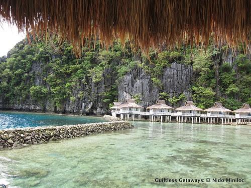 el-nido-resorts-cottages-in-water