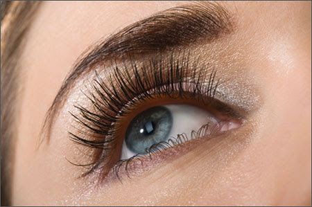 More Than 12 Causes Behind Eyelashes' Falling Out | New ...