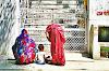 रहस्य: इस मंदिर में देवी मां को नहीं चढ़ती लाल रंग की चुनरी