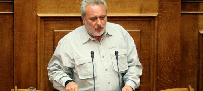 Σφοδρή επίθεση Ψαριανού σε ΣΥΡΙΖΑ: 30 βουλευτές συμφωνούν με την πρόταση για πρόεδρο, αλλά φοβούνται το κόμμα