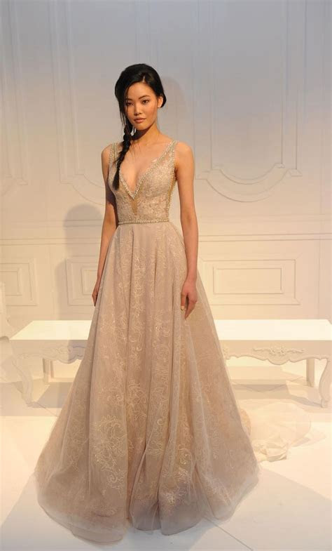 Best 25  Champagne gown ideas on Pinterest   Champagne