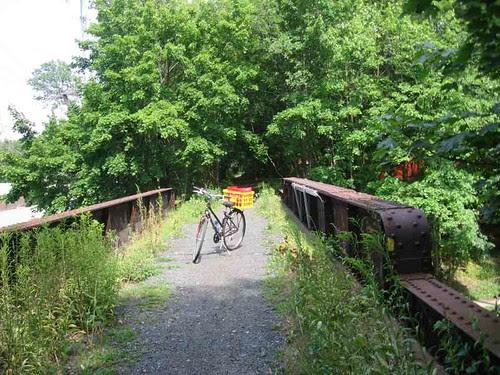 Pompton Avenue bridge