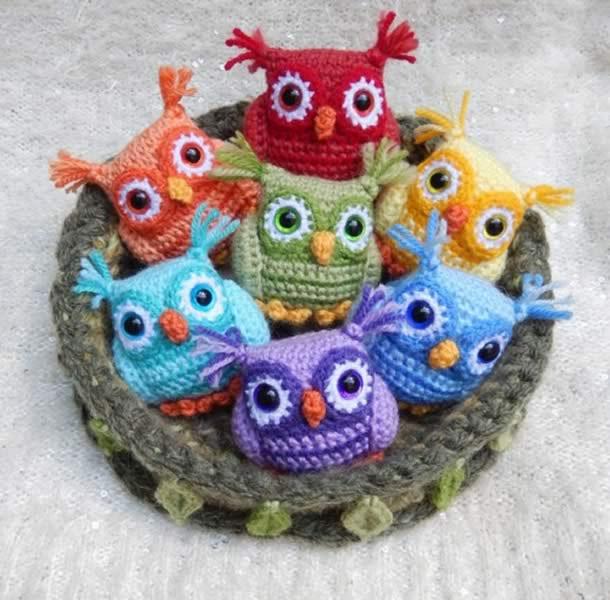 Amigurumi, uma arte que cria um universo de personagens fofos de crochê!
