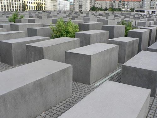 Holocaust_2