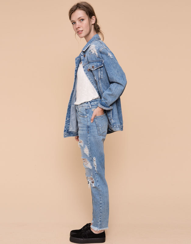 Pull&Bear - mujer - jeans - jeans mom fit con rotos - azul - 09684323-I2015