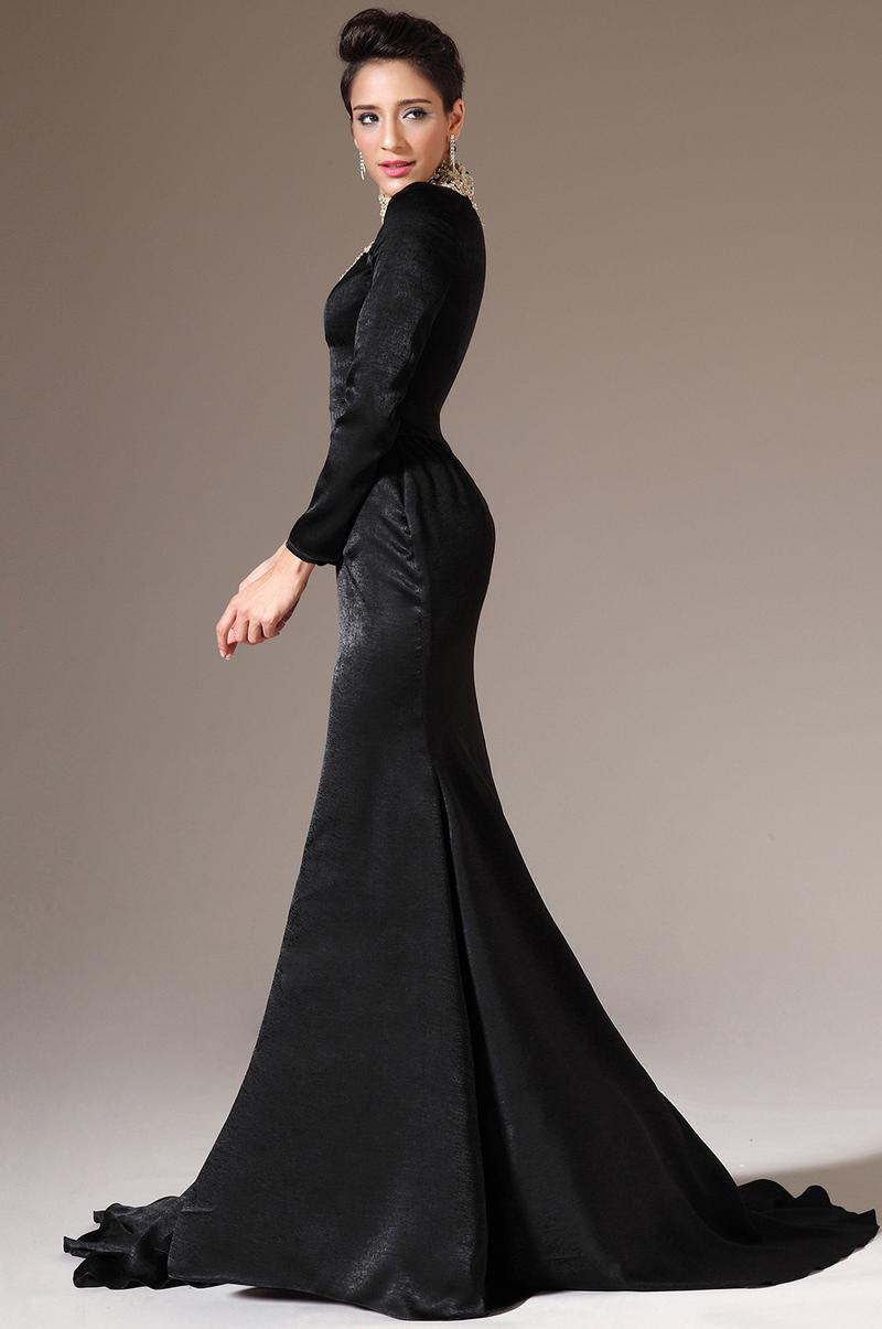 Evening dress long with sleeves