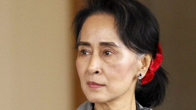 National League for Democracy (NLD) leader Aung San Suu Kyi arrives at the last session of the congress at the parliament building in Naypyitaw in this January 28, 2016 file photo