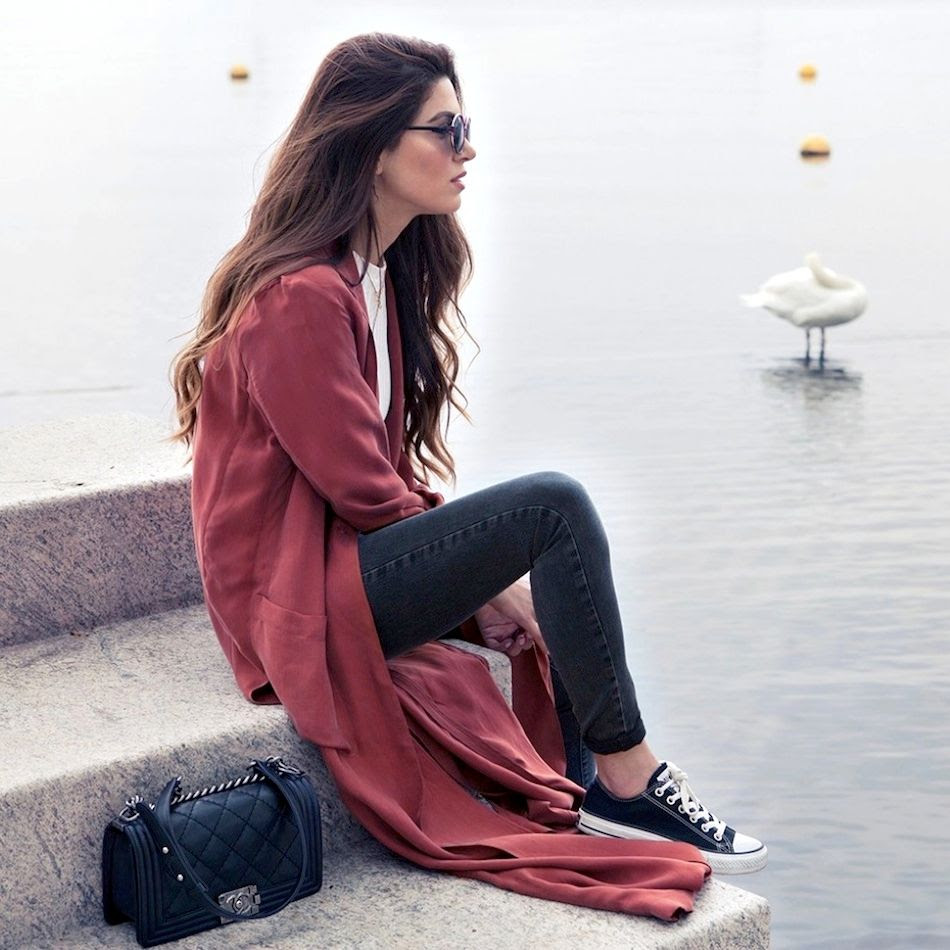 8 Le Fashion Blog Long Hair Inspiration Negin Mirsalehi Brunette Brown Wavy Red Coat Jeans Converse Sneakers photo 8-Le-Fashion-Blog-Long-Hair-Inspiration-Negin-Mirsalehi-Brunette-Brown-Wavy-Red-Coat-Jeans-Converse-Sneakers.jpg
