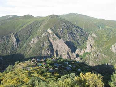 http://trapote.files.wordpress.com/2009/11/matavenero-vista1.jpg