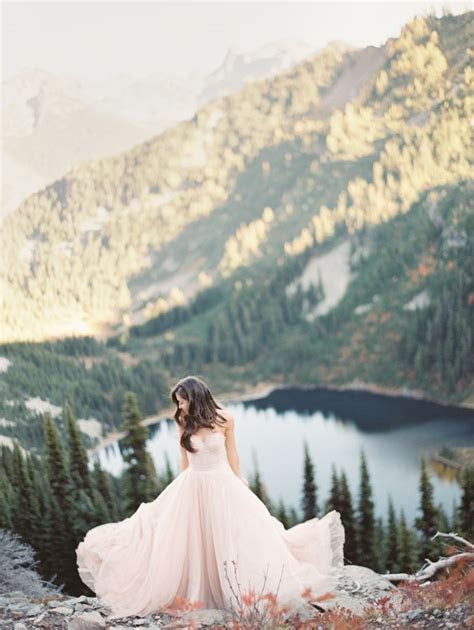 Fall Seattle Wedding   Romantic Newlywed Session at