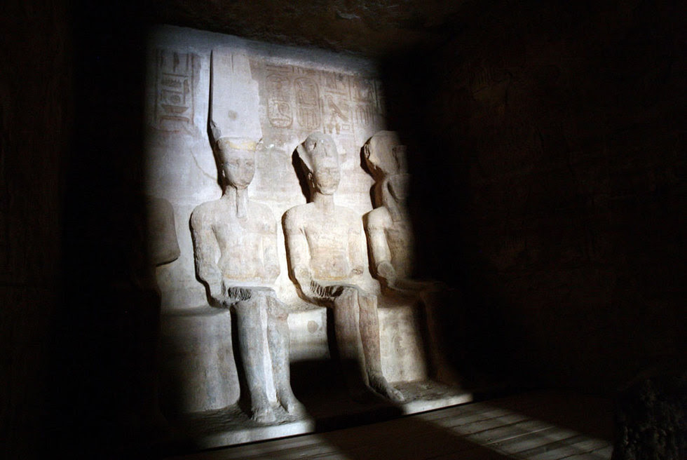 Estatuas de Ramsés II y Amun