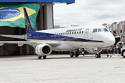 Embraer 190.jpg