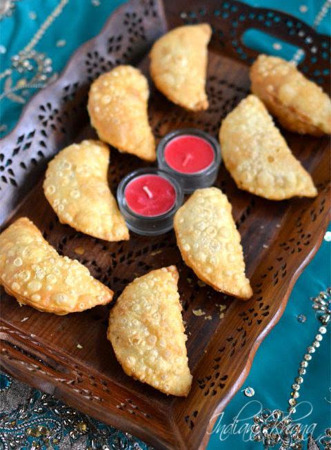 Sooji-Gujiya-Gujiya-Karanji-Recipe