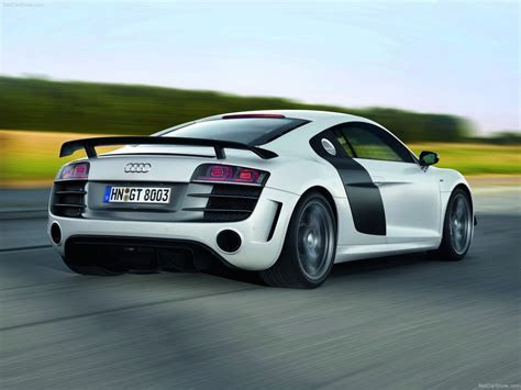 Audi R8 GT (2011)   picture 26 of 68