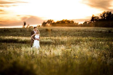 Lauren & Travis @ Knox Farm ? Wedding Photography East