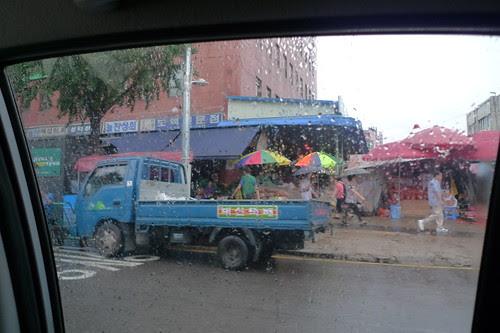 Seoul market and the rain