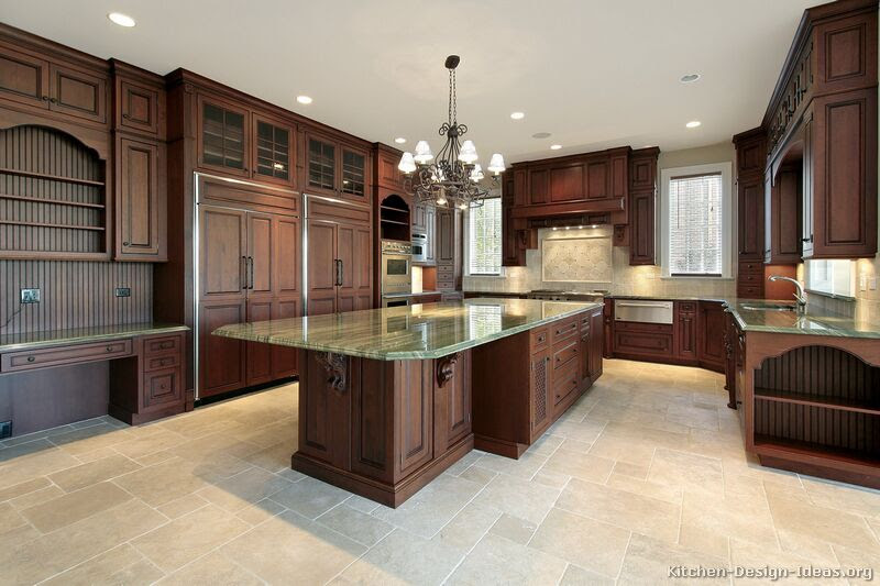 Traditional Kitchen Cabinets - Photos