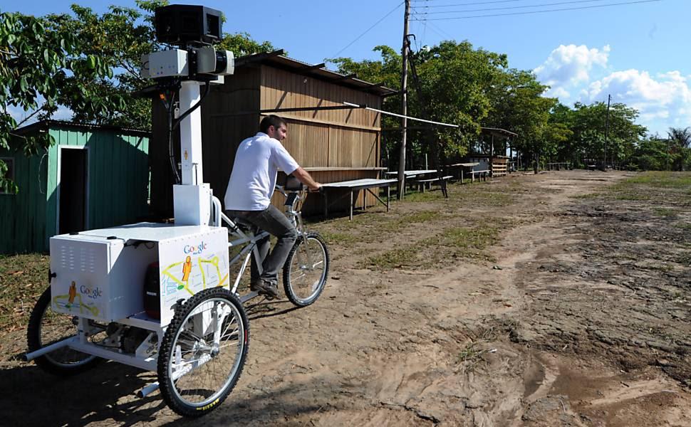 Em vias de receber Street View, Tumbira só tem energia elétrica oito horas por dia e os oito computadores da comunidade pertencem à escola Leia mais
