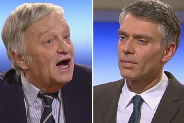 Standen sich an der «Rundschau»-Theke gegenüber: Gian-Franco Kasper (links) und Sandro Brotz. (Bild: srf.tv)
