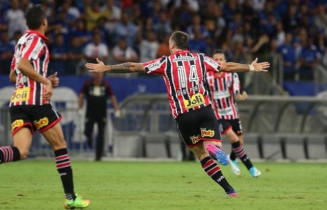 Com um bom futebol, São Paulo venceu, mas não foi o suficiente