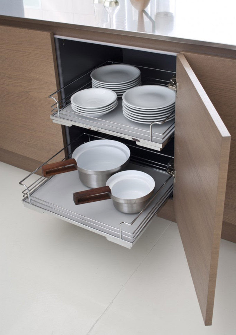 Kitchen Design Ideas - Pull-Out Drawers In Kitchen ...