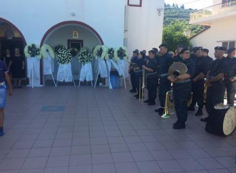 Συντριβή αεροπλάνου στη Λάρισα: Οδύνη στην κηδεία του επισμηναγού Νίκου Γρηγορίου - Τι δείχνουν οι έρευνες για τα αίτια της τραγωδίας [pics]