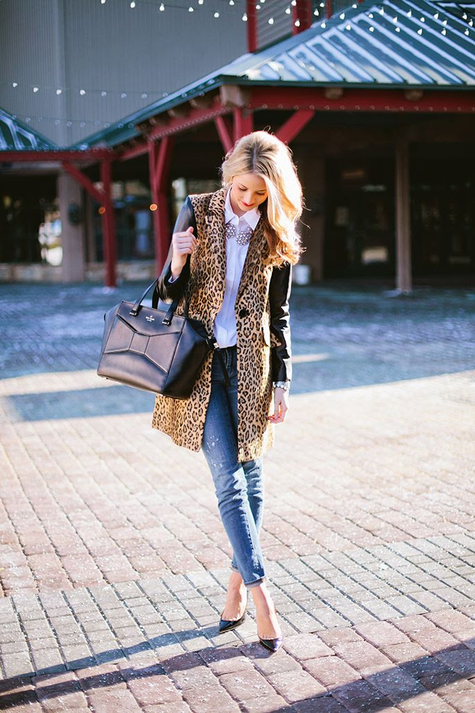 Leopard coat with handbag