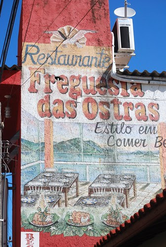Ribeirão da ilha - Restaurants along the sea by good mood factory / Anita Damas