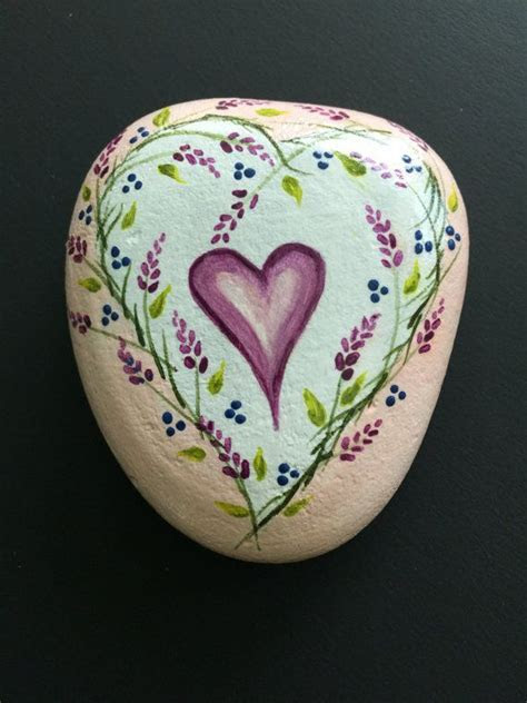 1000  ideas about Heart Painting on Pinterest   Heart art