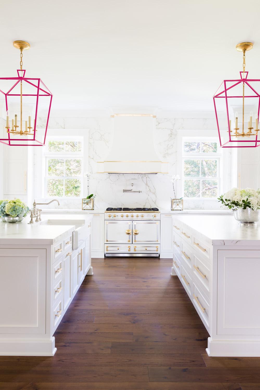 Laura Burleson Designs the Perfect White & Gold Kitchen!