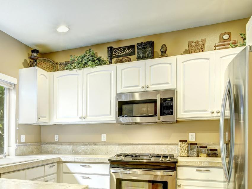 50 Inspiration Decorating Pictures Above Kitchen Cabinets