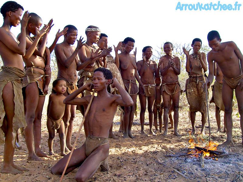 88969vtaeVkeiEqqESrV0HSKg9d2pc5PaaEFEAG2gyWxU3A1rTuci0zvN5tBi1Xmot8deERCr0KChjw4itxiqQapTsm7oNkGkBupiVs=s0 d San Bushmen People, The World Most Ancient Race People In Africa