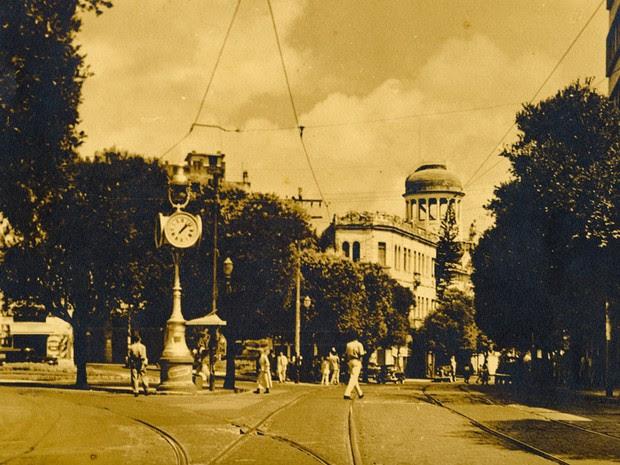 relógio de s. pedro - antiga. (Foto: Arquivo Municipal/Fundação Gregório de Matos)