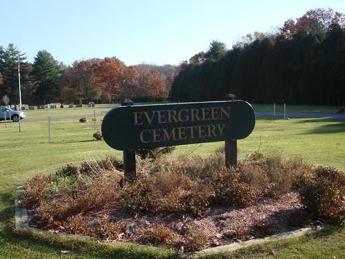 Evergreen Cemetery by midgefrazel
