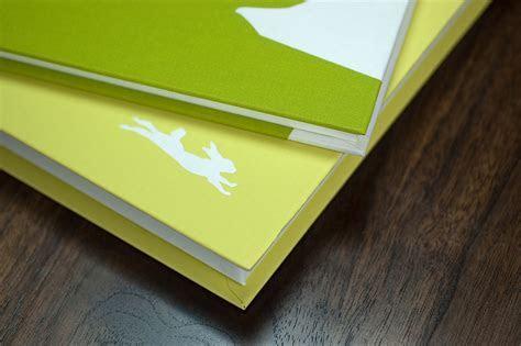 BINTH Baby Book in Original Grass Green   Binth