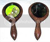 cermin kayu batik