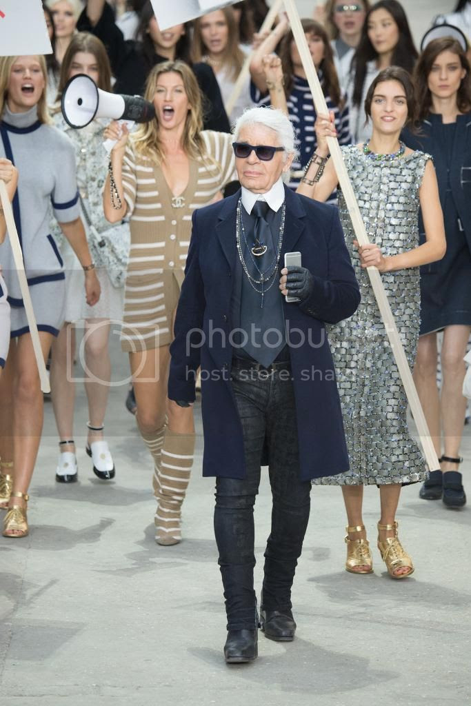Chanel RTW Spring 2015 Show at Paris Fashion Week photo chanel-spring-2015-paris-fashion-week-01.jpg