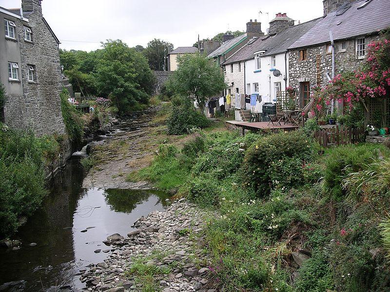 File:Aberarth and River Arth.jpg