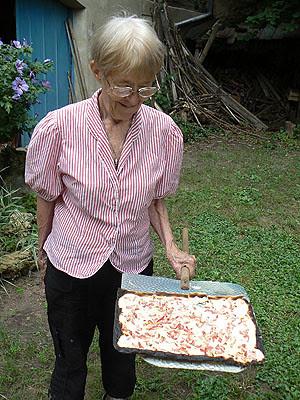 lala et la tarte flambée.jpg