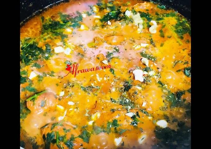 Recipe of Super Quick Homemade Cashews & Walnuts saffron chicken gravy