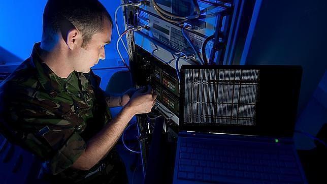 El mando militar de ciberdefensa atacará sistemas adversarios y hostiles para la Defensa