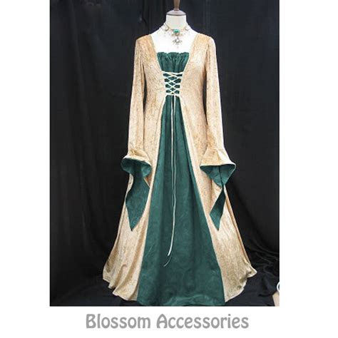 green gold gown game thrones renaissance medieval