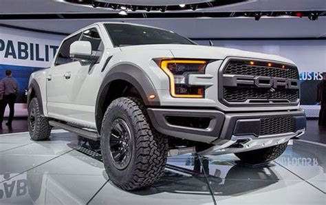 ford   svt raptor review price specs engine
