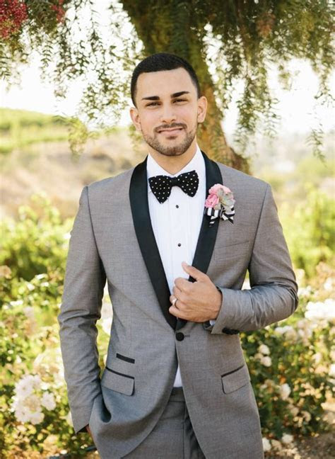 12 summer wedding suit ideas for grooms   Wedding Day