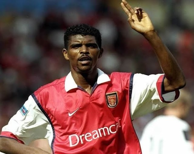 LEGENDARY!! Watch This Match When Kanu Nwankwo Was Still Playing For Arsenal, He Scored Hat-Trick & Buried Chelsea