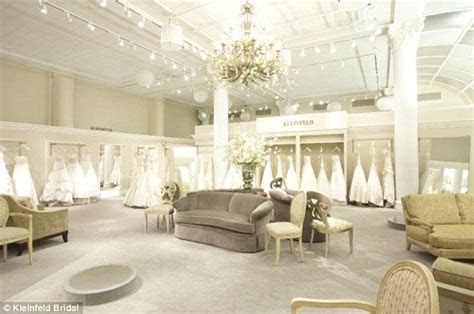 luxury dressing room in store   Google Search   RCF