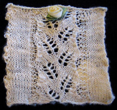 Leaf pattern bombyx silk knitted swatch