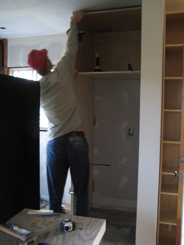 installing cabinet boxes
