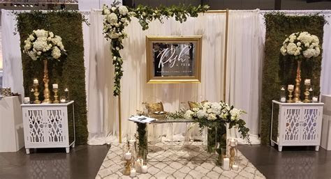 Bridal Show Booth Design   October 2016   White with gold