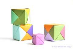 Origami paper cubes :: a DIY